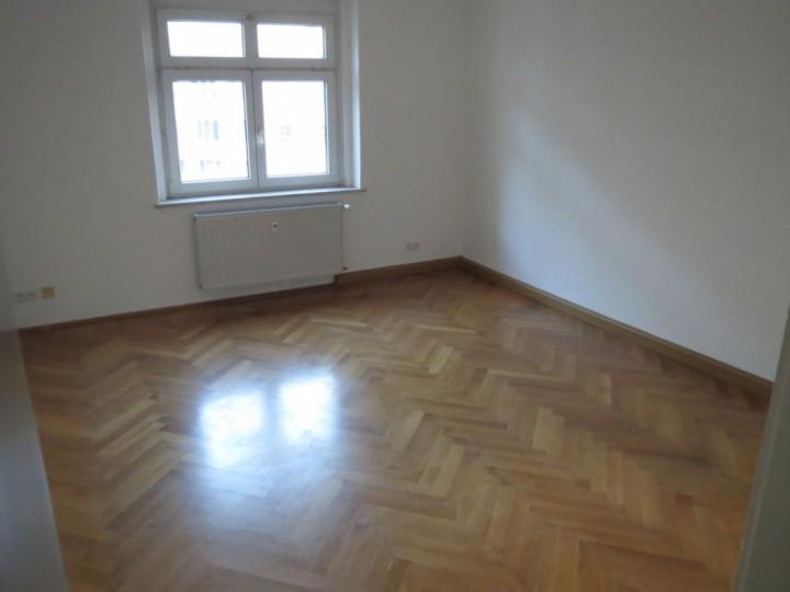 2 Zimmer Wohnung  Plauen Stadtmitte zu vermieten