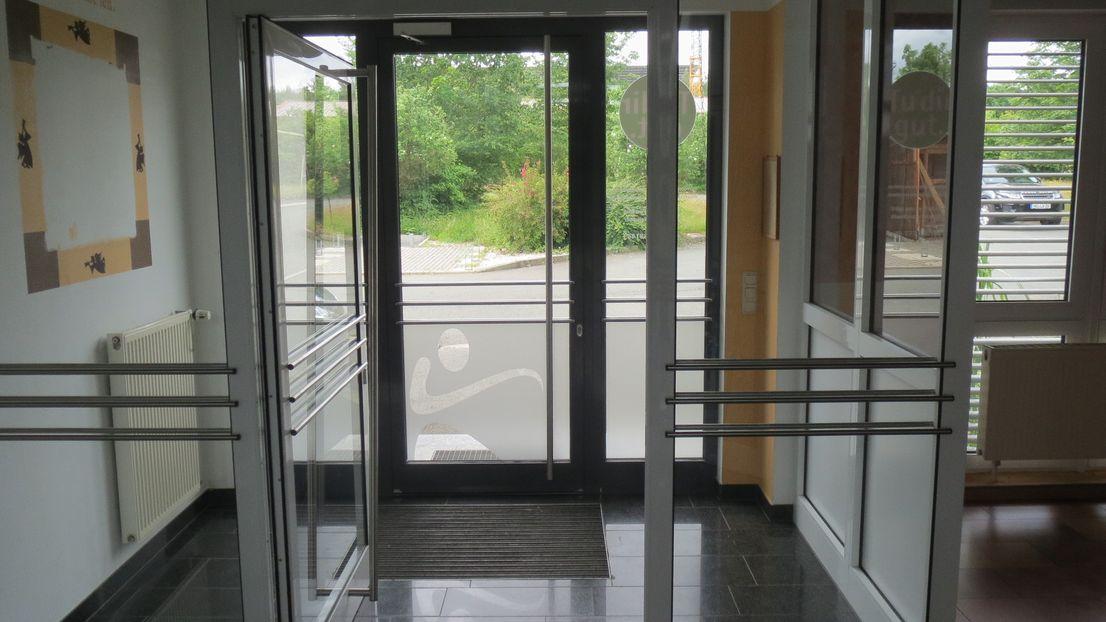 attraktives 2- gesch. B?RO- Wohn-Gewerbeobjekt in Weischlitz
