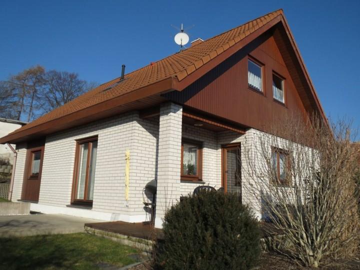 modernisiertes-gepflegtes EFH - in Plauen zu vermieten