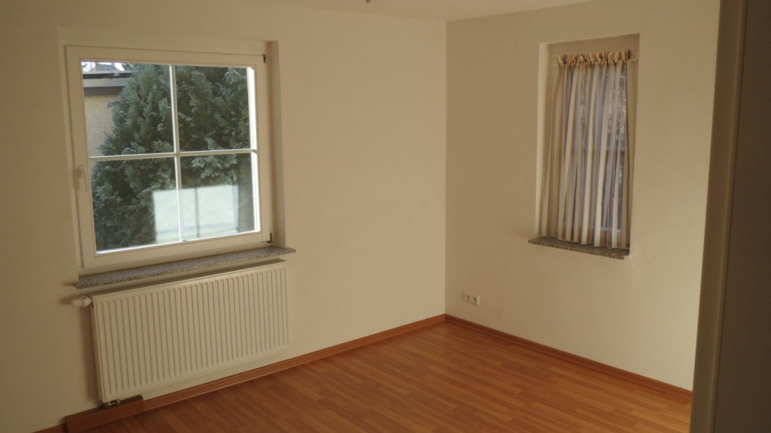 2- Zimmer HP- WE im ZFH- ORSTMITTE LUFTKURORT J?SSNITZ